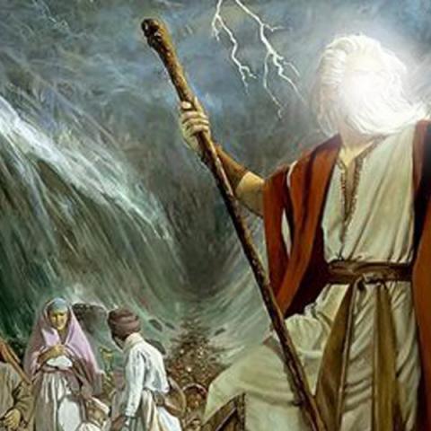 آیا قبل از این که حضرت موسی (ع) بنی اسرائیل را شبانه حرکت بدهند و به نیل برسند از قبل می دانستند که راهی در دریا باز خواهند کرد؟